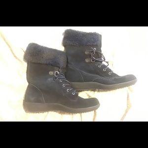 Aerosoles black suede boots, faux fur size 8.5 GUC